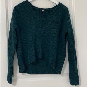 Uniqlo cropped sweater